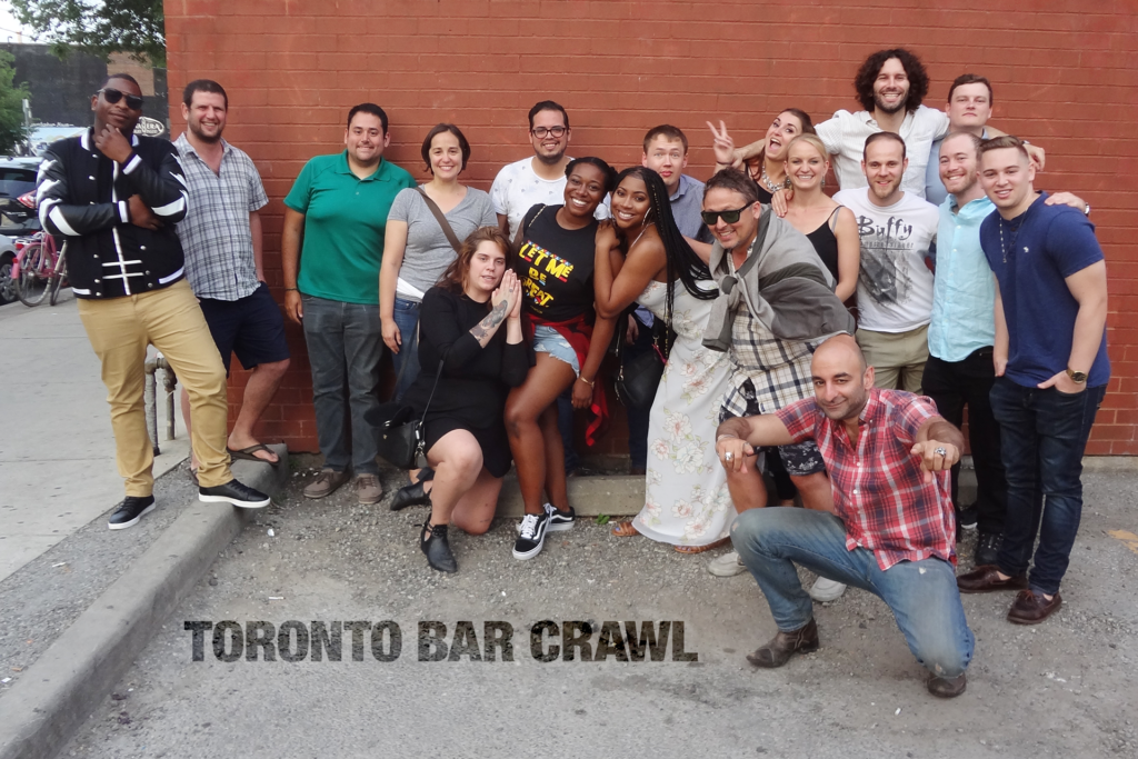 Groupshot for Toronto Bar Crawl #15