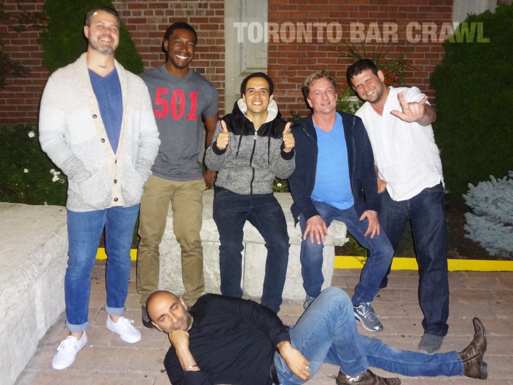 toronto bar crawl #26 group shot