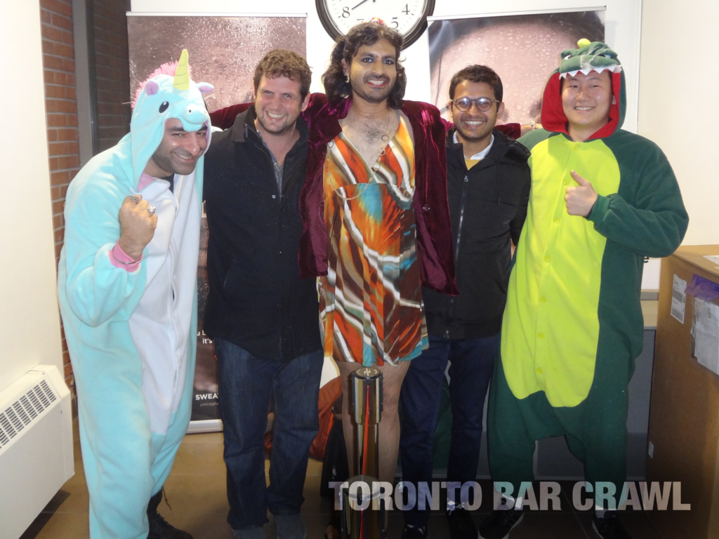 toronto bar crawl #28 group photo